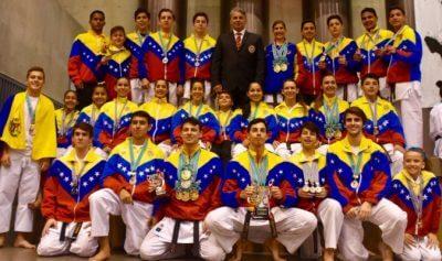 松濤舘空手道のベネズエラ選抜チームが、第13回世界松濤舘空手道連盟 世界大会において、63個のメダルを獲得しました。の写真
