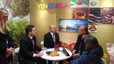 ベネズエラの企業が食品展示会FOODEXに出展/スーパーフードの評価の写真