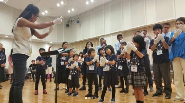 日本のホワイトハンドコーラスの写真
